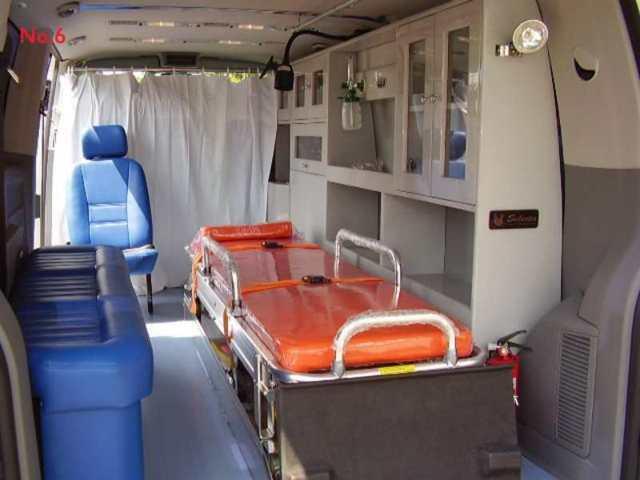 f-interior-ambulance res