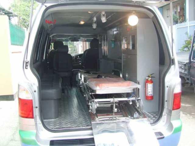 g-interior-ambulance res