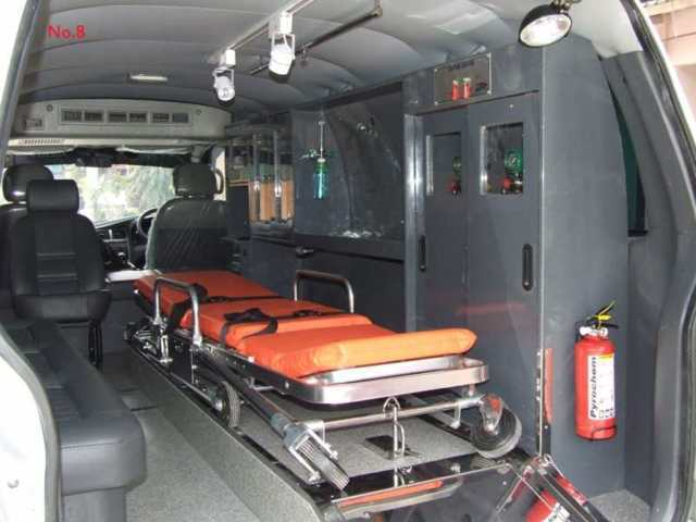 h-interior-ambulance res